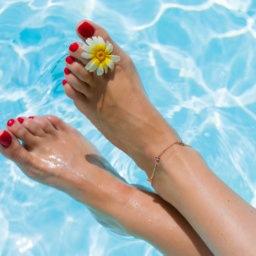 How to DIY Pedicure | Shoelistic.com/Blog