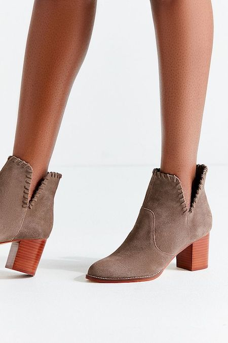 Slip into These 8 Shoes from the 30% Off Urban Outfitters Sale | Shoelistic.com/Blog