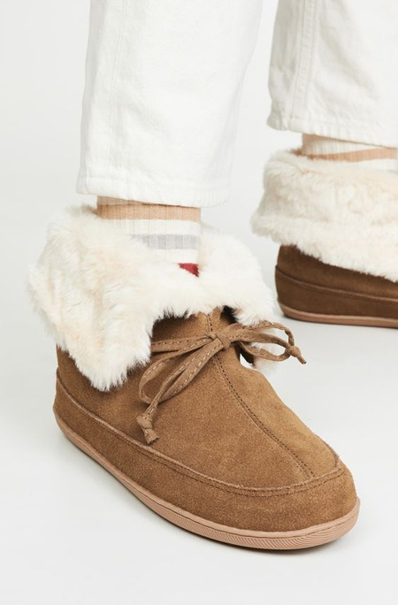 Cozy Cute Slippers You'll Wanna Wear Allllll Day | Shoelistic.com/Blog