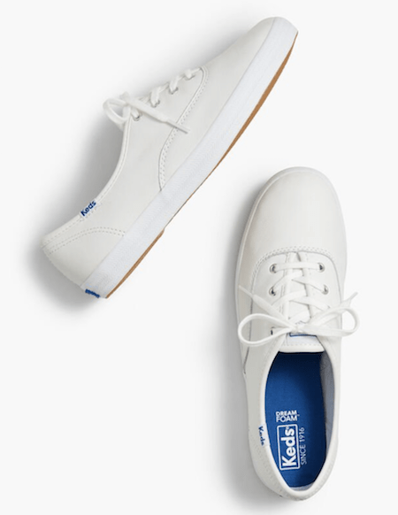 Step into Summer in These Cute White Sneakers | Shoelistic.com/Blog